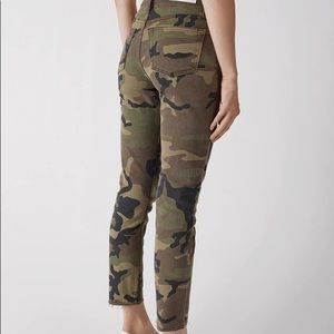Re/done Camo pants